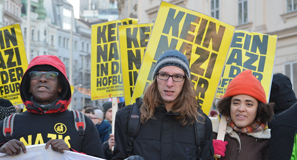 La marcha en Viena contra el candidato Hofer