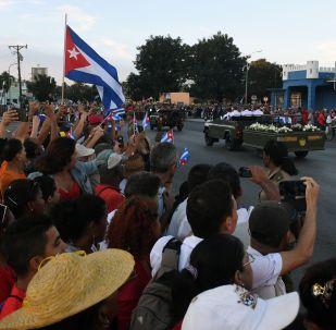 El cortejo fúnebre con las cenizas del comandante Fidel Castro en la ciudad de Santiago de Cuba