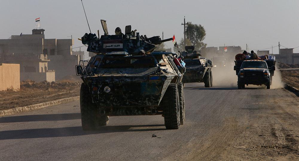 Militares iraquíes en las afueras de Mosul
