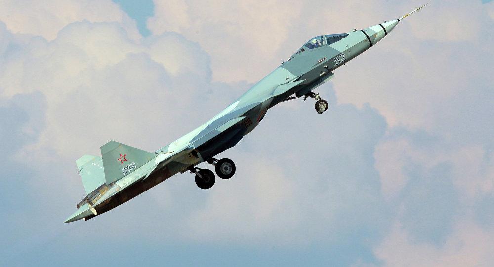 Avión ruso PAK FA
