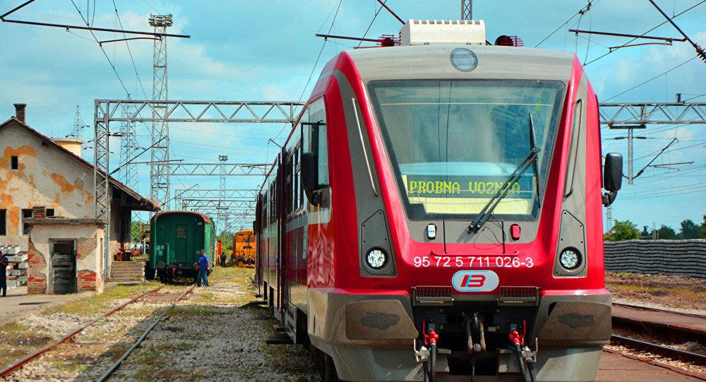 Tren DP-S ruso en Serbia