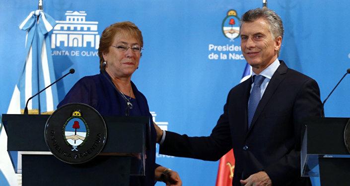 Presidenta de Chile, Michelle Bachelet, y presidente de Argentina Mauricio Macri