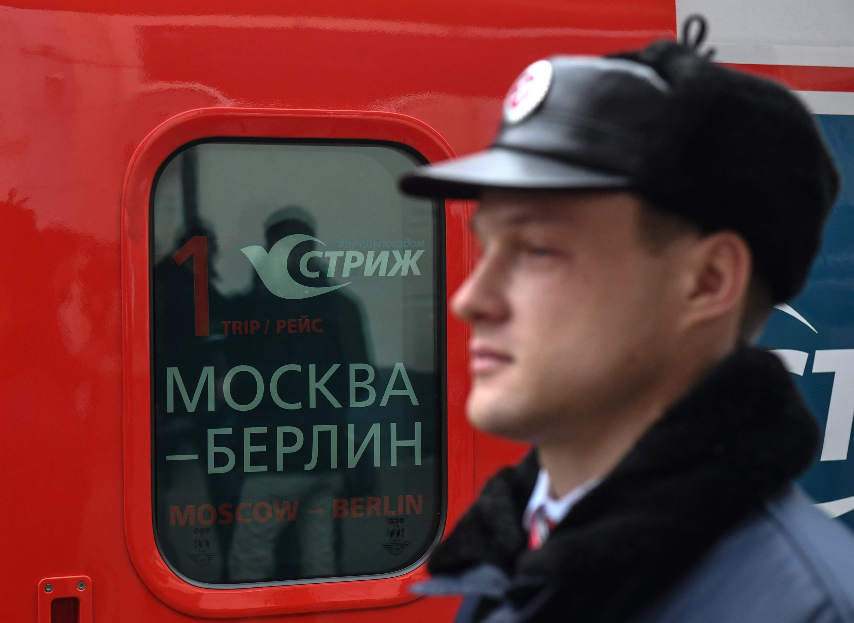 El primer tren Strizh (Vencejo) que unirá Moscú y Berlín