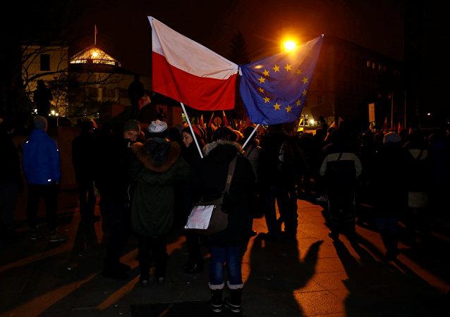 Protestas en Varsovia, Polonia