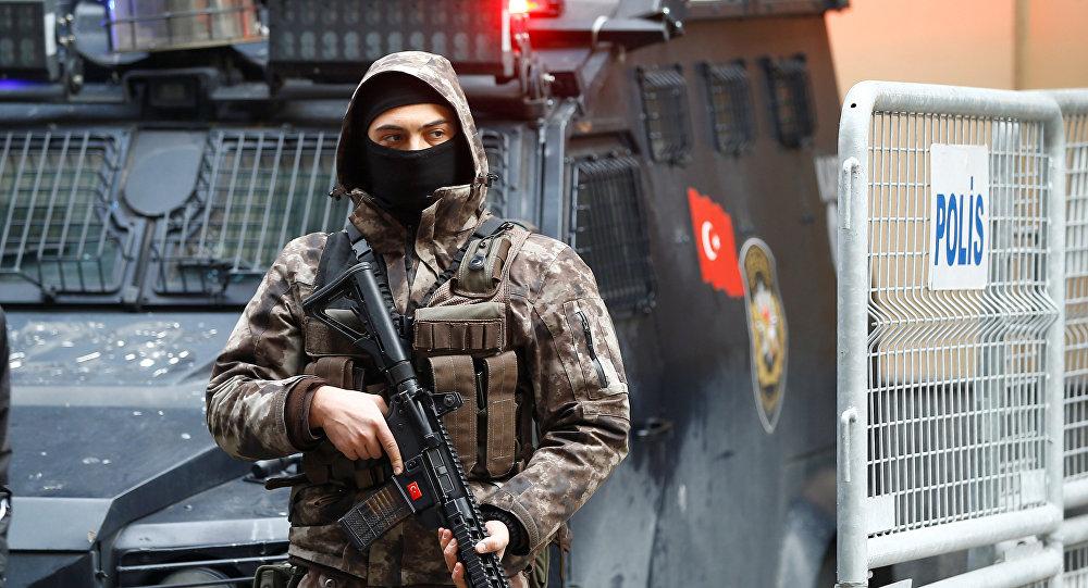 Un policía de las fuerzas especiales de Turquía (archivo)