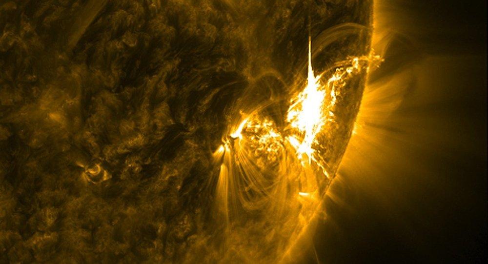 Tormenta solar (archivo)