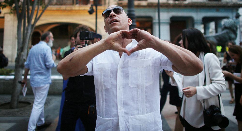 Vin Diesel se disculpa por acosar a reportera brasileña