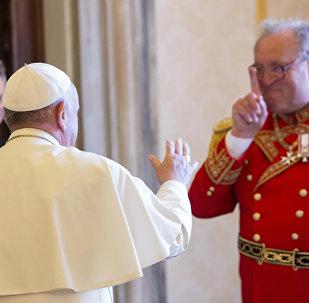 El Papa Francisco y Matthew Festing, 79º Príncipe y actual Gran maestre de la Orden de Malta