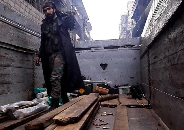El Ejército sirio lleva a cabo operaciones de limpieza en el este de Alepo
