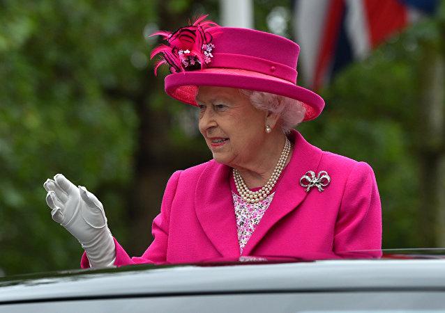 La reina del Reino Unido, Isabel II