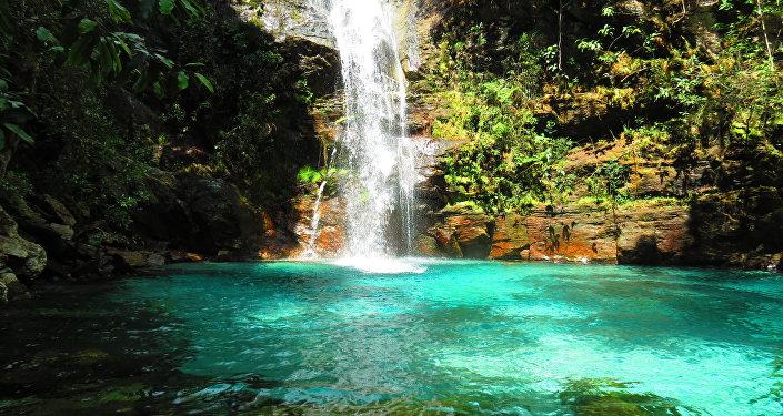 La cascada de Santa Bárbara es una de las atracciones del Parque Nacional Chapada dos Veadeiros