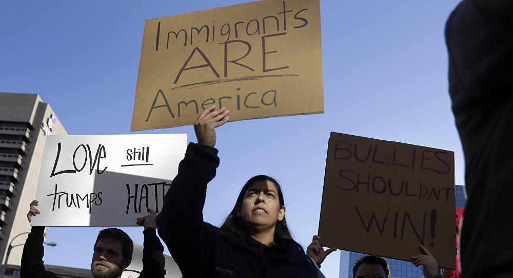 Migrantes mexicanos en EEUU protestan contra posibles deportaciones (archivo)