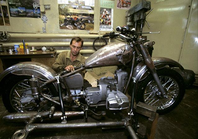 Una moto Ural