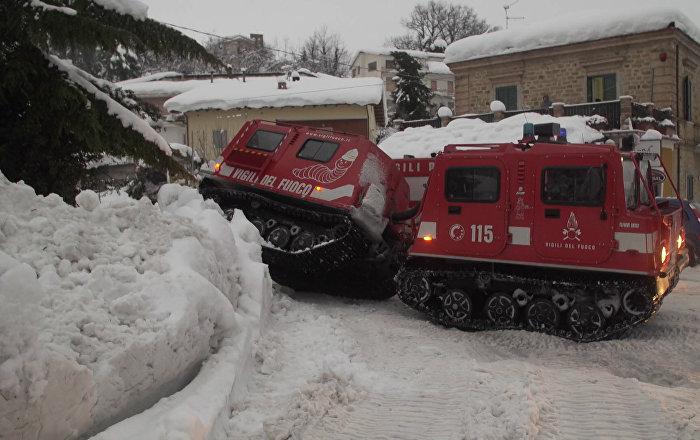 Las primeras imágenes del hotel sepultado por una avalancha en Italia