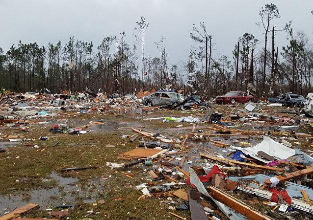 Consecuencias del tornado en EEUU