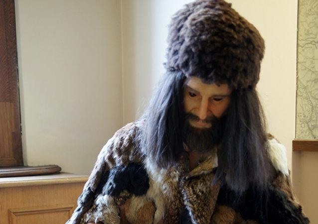 Reconstrucción de la ropa de Otzi (archivo)