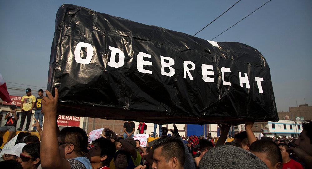 Protestas en Perú por el aumento de los peajes en una ruta construida por Odebrecht