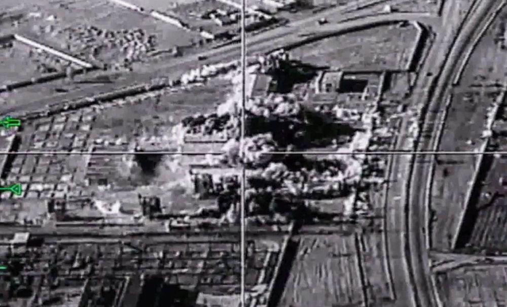 Bombarderos estratégicos rusos atacan posiciones de Daesh