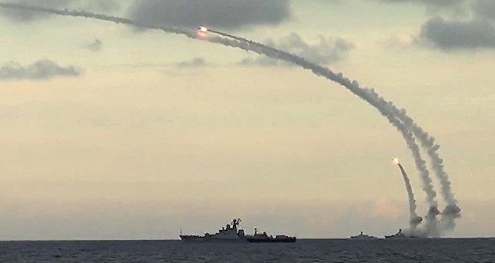 El lanzamiento de los misiles Kalibr (archivo)