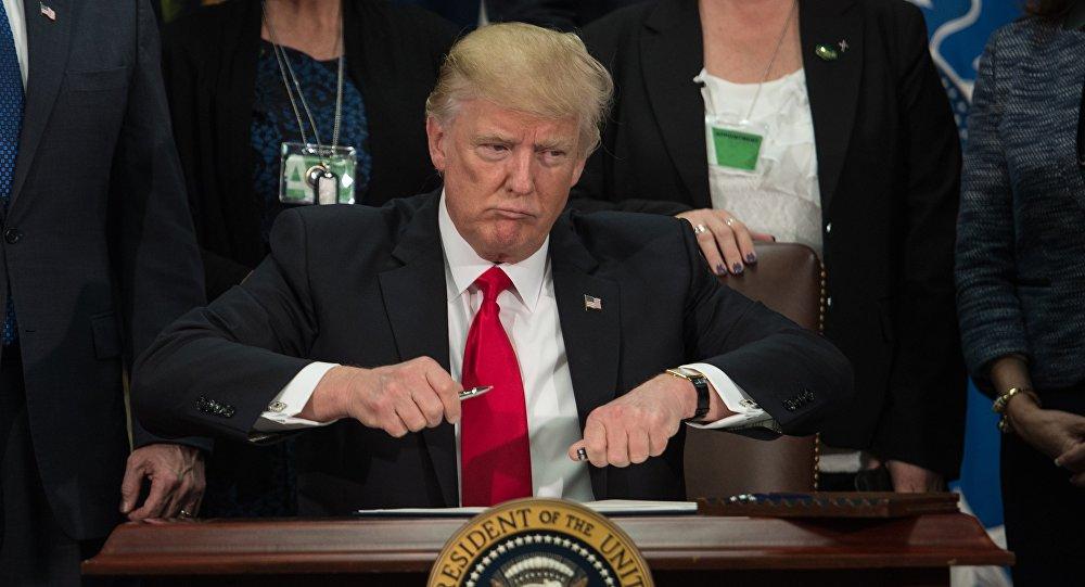 Donald Trump aprueba la construcción del muro en la frontera con México