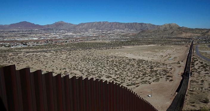 El muro entre EEUU y México