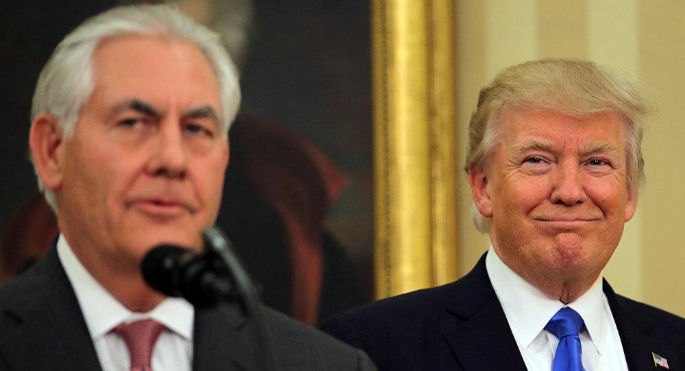 El presidente estadounidense, Donald Trump, y su ministro de Exteriores, Rex Tillerson (archivo)
