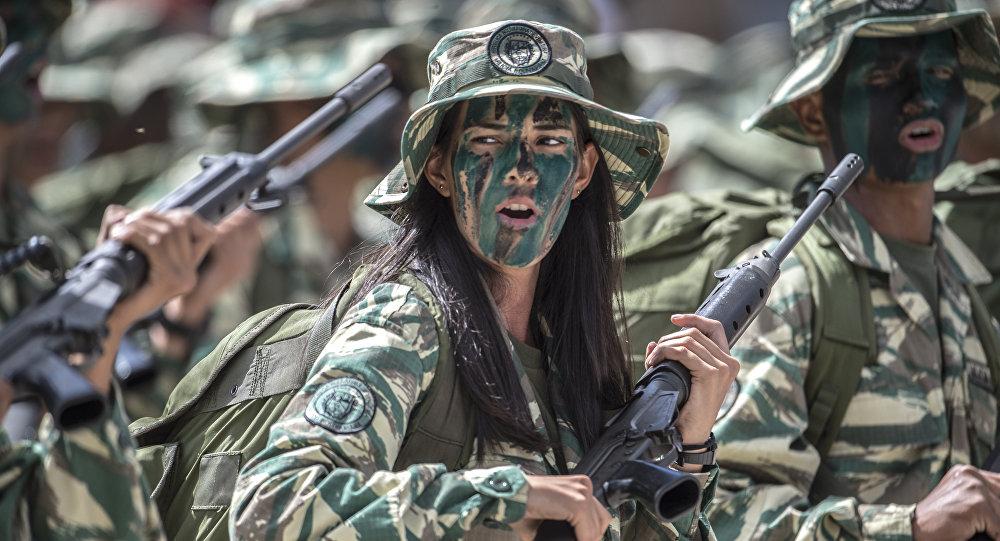 Maduro ordena ejercicios militares tras palabras de Trump
