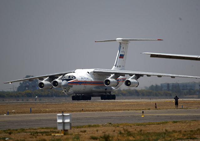 El Il-76 ruso en Chile