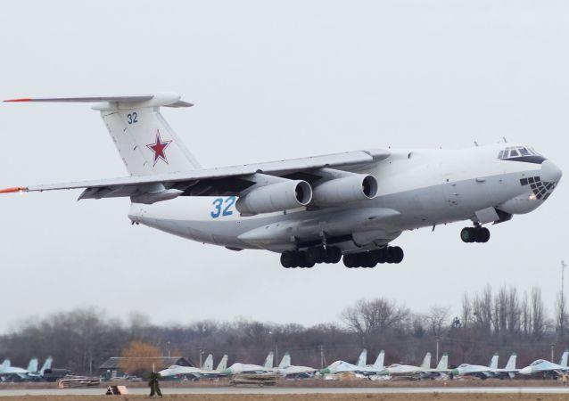 Pilotos militares rusos se preparan para el concurso Aviadarts 2017