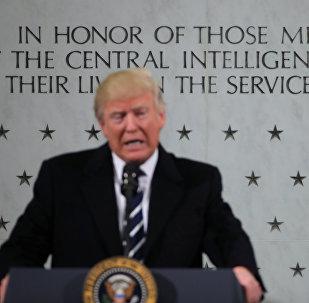 Donald Trump, presidente de EEUU, durante su visita a la CIA