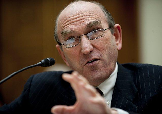 Elliott Abrams, diplomático neoconservador estadounidense