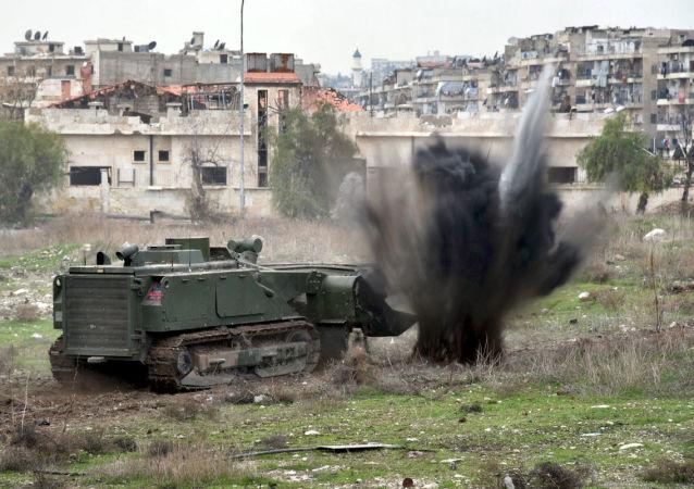 El sistema Uran-6 desplegado en un barrio de Alepo, en Siria