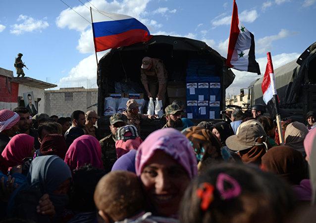 Entrega de ayuda humanitaria rusa a la población siria (archivo)