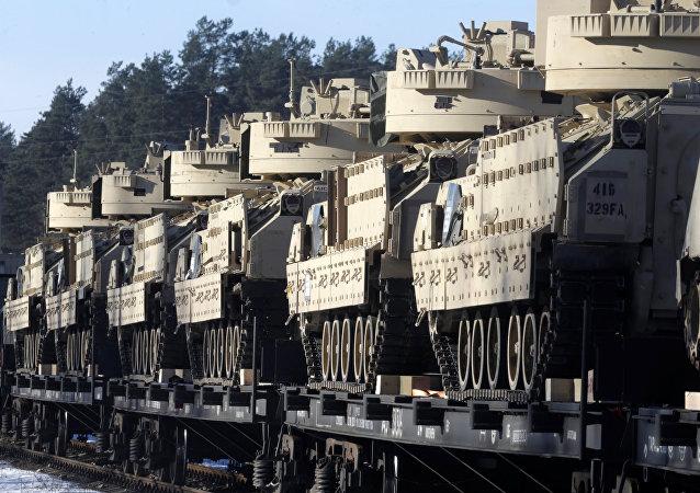 Tanques de la OTAN en Letonia (archivo)