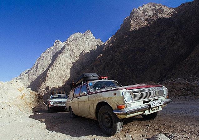 Autos de la expedición Vosjod