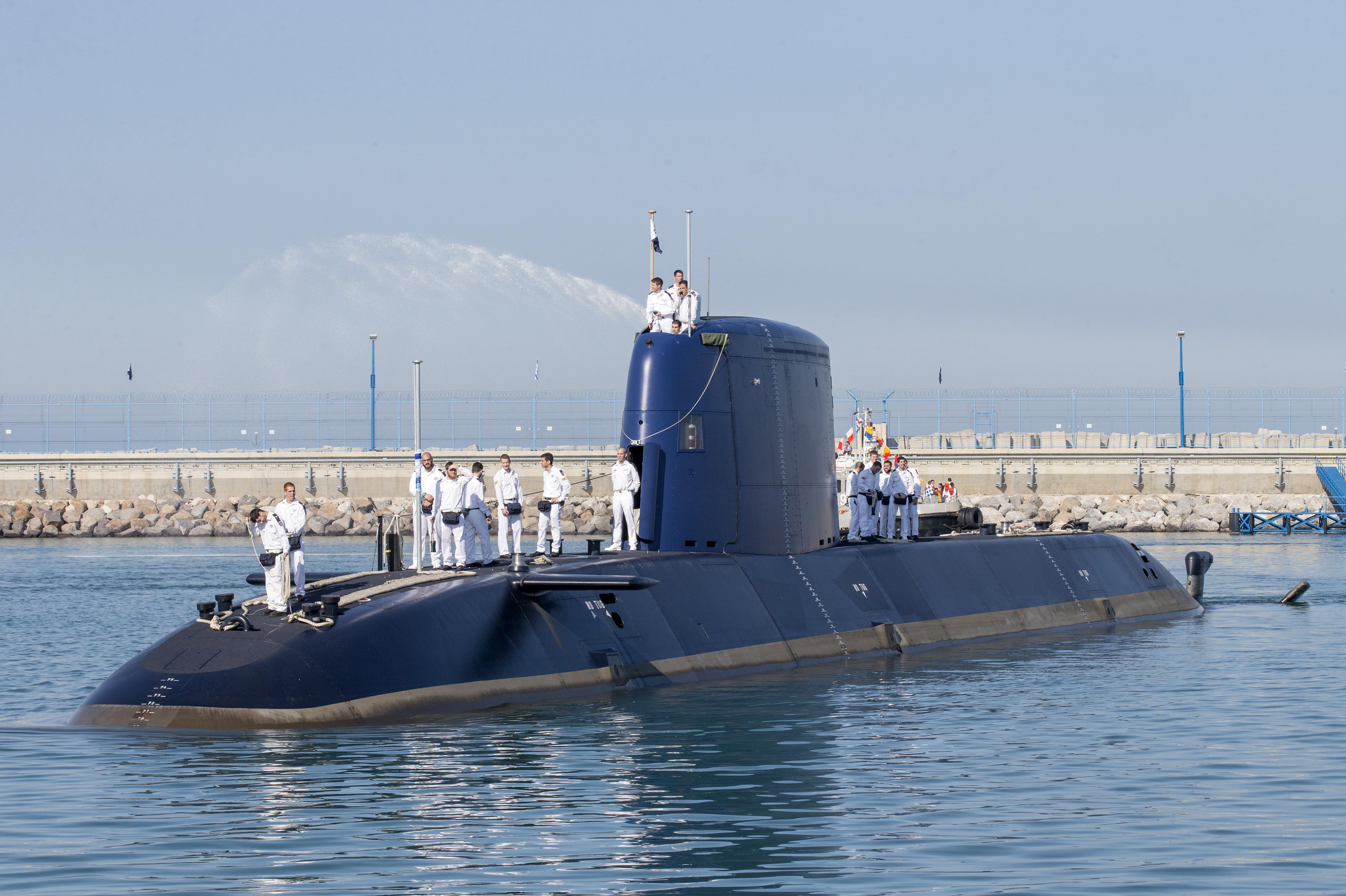 En septiembre de 2015, Israel recibió la entrega de los cuartos submarinos de la clase Dolphin 2 de Alemania