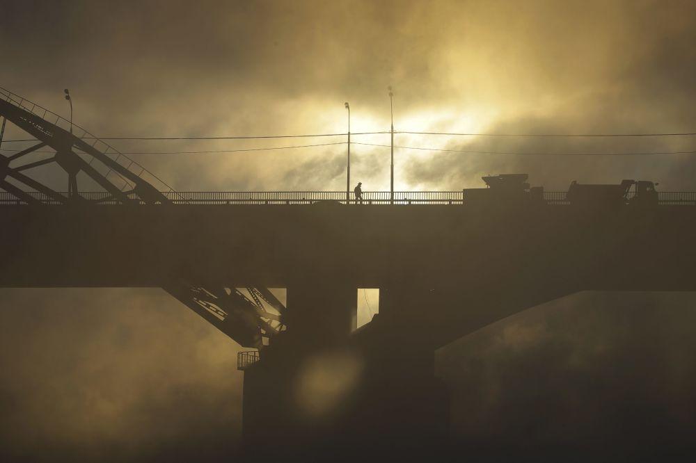 Un puente sobre el río Moscova