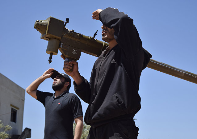 Rebeldes sirios con Manpads estadounidense (archivo)