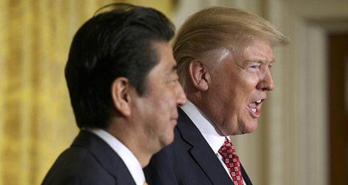 Primer ministro de Japón, Shinzo Abe, y presidente de EEUU, Donald Trump