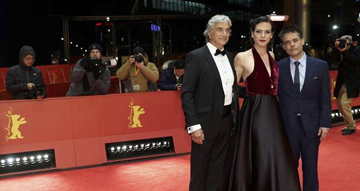 Actor Francisco Reyes, actriz Daniela Vega y director Sebastián Lelio