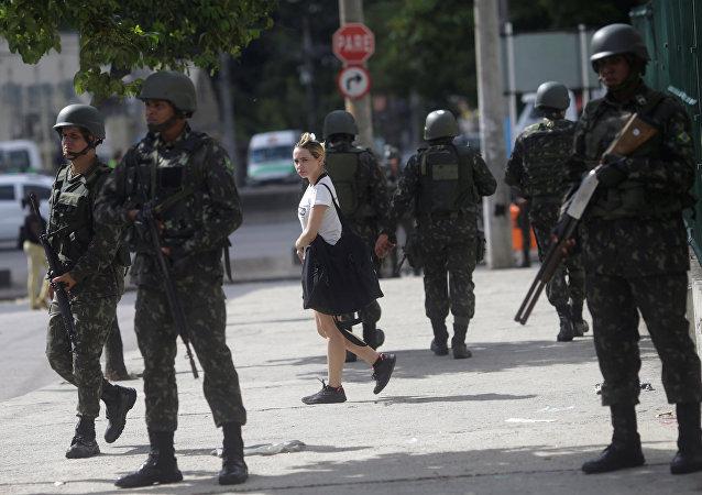 La Fuerza Nacional de Brasil en las calles de Río de Janeiro
