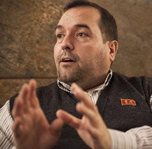Alejandro Cao de Benós durante su entrevista con Sputnik