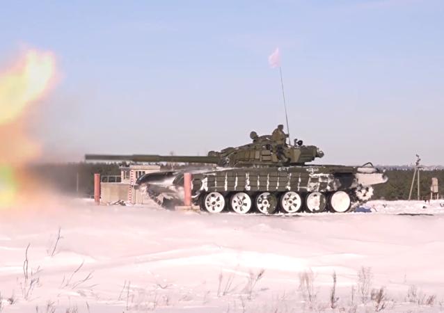 Equipos de tanques participaron en las maniobras de preparación para el Biatlón de Tanques Army 2017