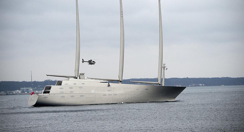 El yate privado Sailing Yacht A del multimillonario ruso Andréi Melnichenko