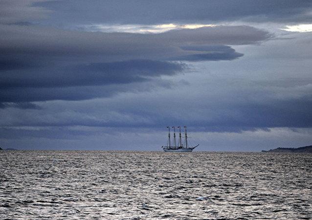 Un velero en el Canal de Beagle (archivo)
