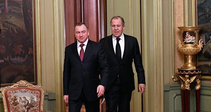Ministro ruso de Asuntos Exteriores, Serguéi Lavrov, y ministro de Exteriores de Bielorrusia, Vladímir Makéi
