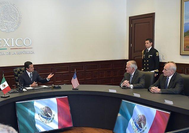 Reunión de Enrique Peña Nieto, Rex Tillerson y John Kelly
