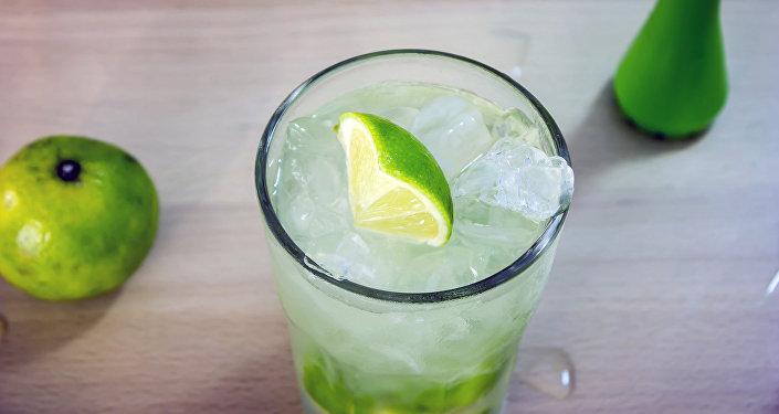 La caipirinha, un clásico trago brasileño
