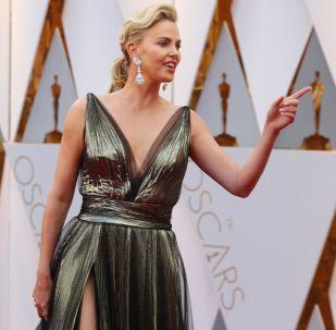 Extravagante y elegante: así fue la alfombra roja de los Oscar 2017