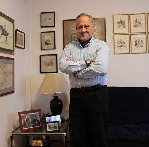 Eugenio Nikitich Dobrynin, en su casa en Madrid